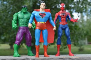 גיבורים